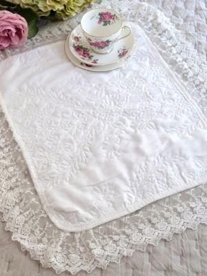 Tovaglietta Centrino Shabby Chic Con Bordo In Tulle E Pizzo Colore Bianco